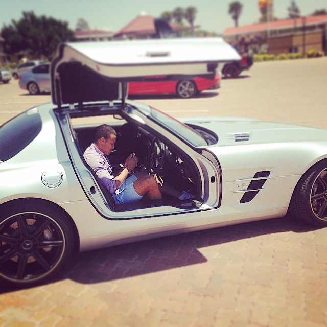 Top 10 South African Soccer Stars And Their Cars!