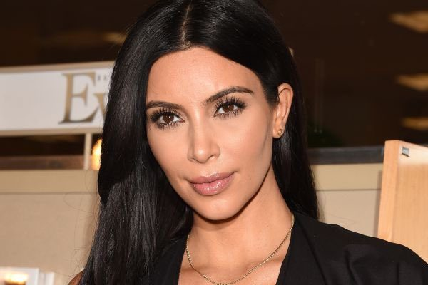 Reality Star Kim Kardashian Held At Gunpoint In Paris