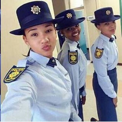 5 Sexy Pics Of Local Police Officer Everyone Is Talking About-4872