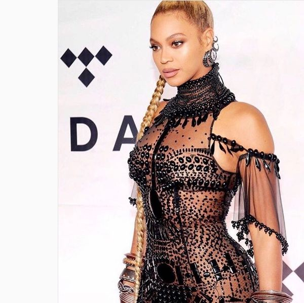 Beyonce Announces Second Pregnancy, Star Expecting Twins