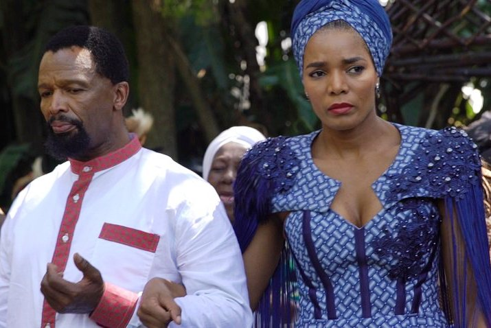 Take A Look At Traditional Wedding Outfits From Around The: Pics! The Queen Mzansi's Brutus And Harriet's Zulu Wedding