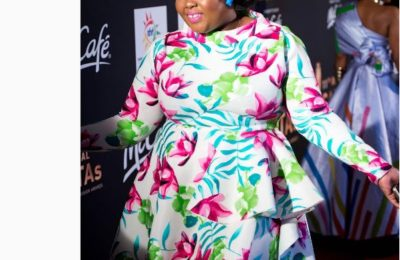 Top 5 Worst Dressed Celebs At The SAFTAs11