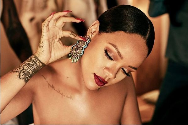 Pics! Rihanna Has A New Man!