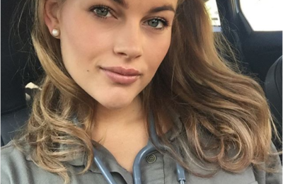 Former Miss SA Rolene Strauss Graduates As A Doctor!