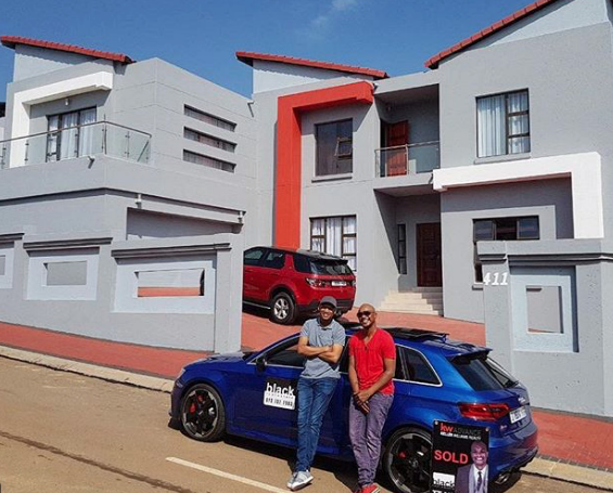 Top 10 south african celebrity homes okmzansi for Top ten home builders
