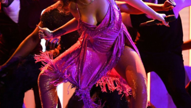 Watch! Rihanna Does The Gwara Gwara Dance At The Grammy Awards