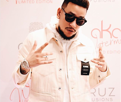 This Video Of AKA Blocking A Kiss From Fan Will Make Your Day