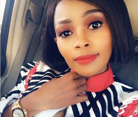 Pic! Thembi Seete Shows Off Her Makeup Fee, Ageless Beauty