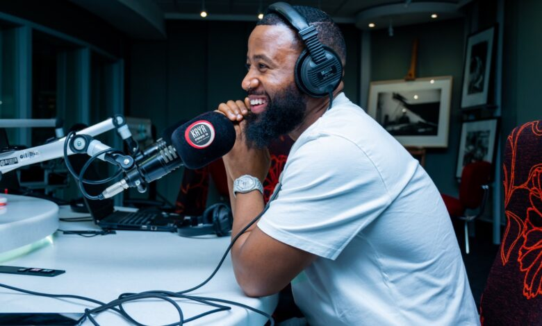 SA Celebs Rally Behind Cassper After AKA Attacks His Parents