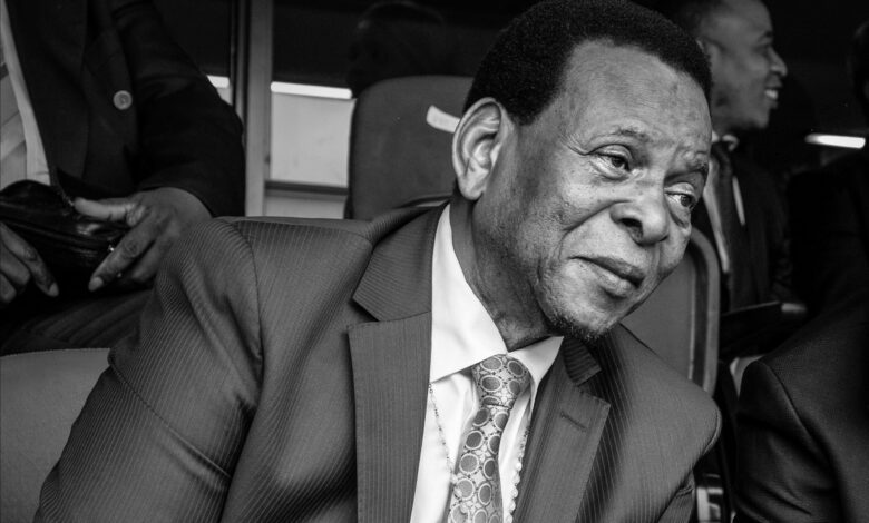 SA Celebs Pay Tribute To Zulu King Goodwill Zwelithini!