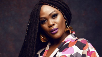 Photo of Pics! Zikhona Sodlaka Pays Tribute To Her Late Mother On The Anniversary Of Her Burial