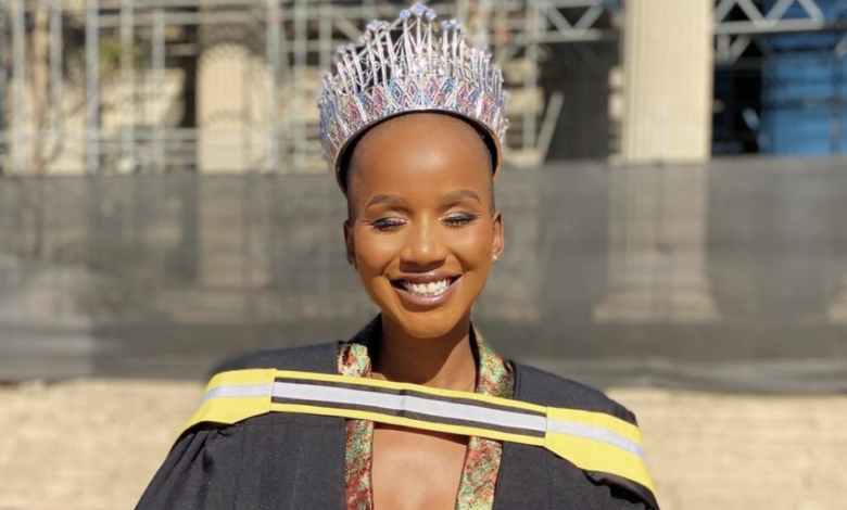 Black Twitter Weighs in on Miss SA Shudufhadzo Musida's Solo Graduation Ceremony